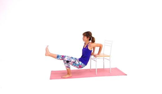 椅子を使った二の腕・腹筋の筋トレ!簡単すきま時間でエクササイズ
